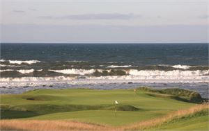 Thumb Kingsbarns 8th 15th par 3s